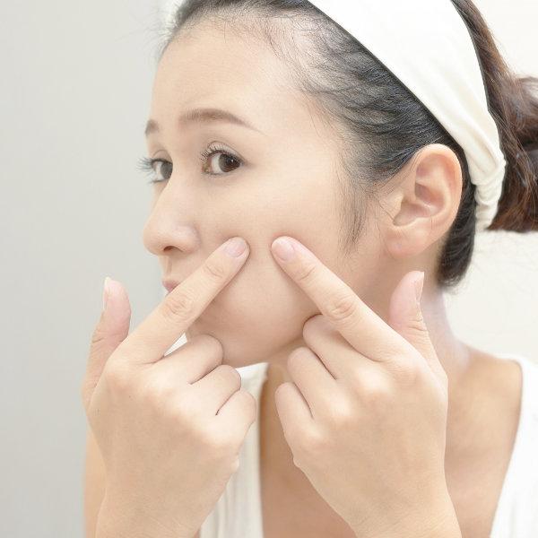 皮膚病 (●アトピー性皮膚炎 ●湿疹 ●かぶれ ●あせも ●ニキビ ●水虫 ●かゆみ ●乾燥 ●肌あれ)についての漢方相談
